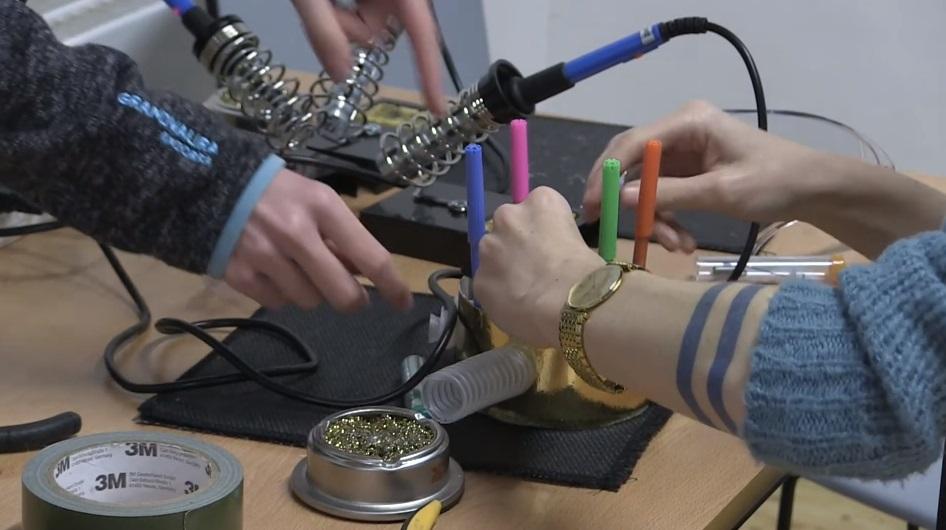 Teenagers at innovation lab image
